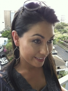 <h5>San Diego 6 Weather Anchor Kimi Evans</h5><p>San Diego 6 Weather Anchor Kimi Evans wears Surfer Girl Jewelry wire-wrapped hoops. &#039;I love Surfer Girl Jewelry! I lost these earrings in a flood in Italy and I need more!&#039; ~ Kimi</p>