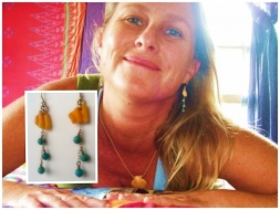 <h5>Inga</h5><p>Inga wears Surfer Girl Jewelry Sunrise Shell Chip and Turquoise earrings. &#039;Totally beautiful and fun to wear! They match everything in my wardrobe! Thanks Malika U DA BEST Surfer Girl / Meteorologist !!!! Aloha Nui Loa !&#039; ~ Inga</p>