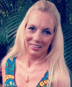 <p>Aloha! Thanks so much for the necklace. I had to send you a picture. FANTASTIC job I love it …. Carol Simpson Vanhorn</p>