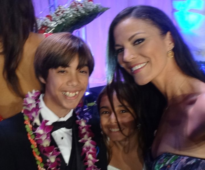 keegan-passos-childrens-miracle-network-miss-hawaii