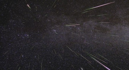 Geminid Meteor Shower 2009 / Image: NASA / JPL